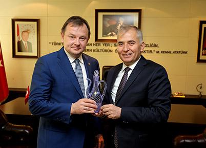 Tataristan Sağlık Bakanı Başkan Zolan'ı ziyaret etti