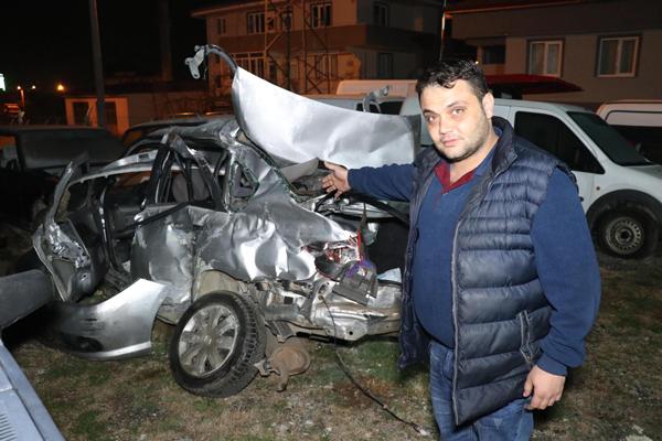 yolcu otobusu ile otomobil carpisti ayni aileden 3 olu 1 yarali  8353 dhaphoto1 - Yolcu otobüsü ile otomobil çarpıştı, aynı aileden 3 ölü 1 yaralı
