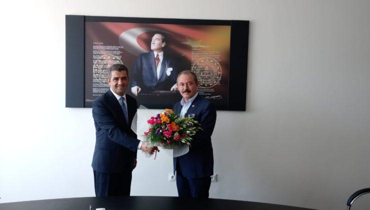 ziyaret1 1 740x420 - Milletvekili Şahin Tin İl Milli Eğitim Müdürlüğünü ziyaret etti.